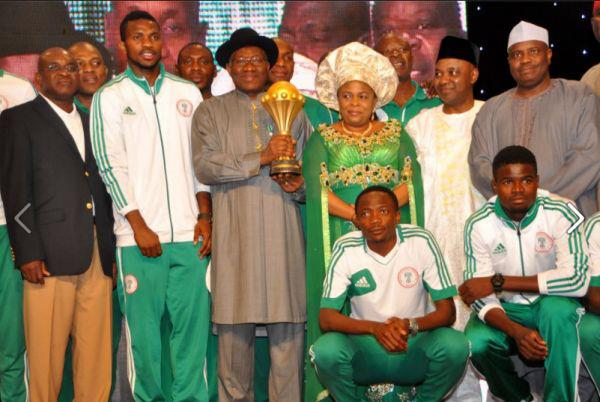 President Goodluck Jonathan welcomes the Super Eagle